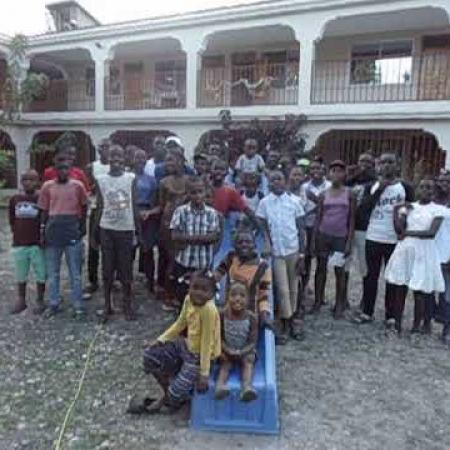 Veel liefs uit Haïti, daaaag.